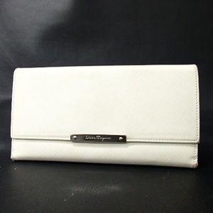 Salvatore Ferragamo Ivory Leather Wallet Clutch